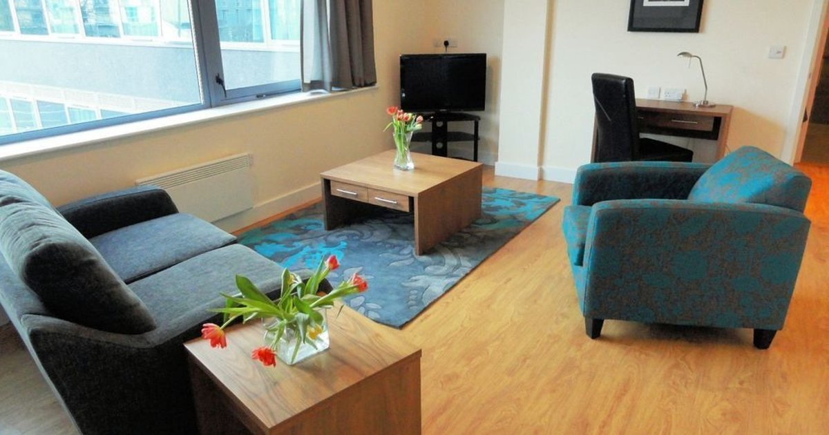 MAX House Serviced Apartments Farnborough