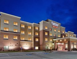 Kearney hotels for families with children