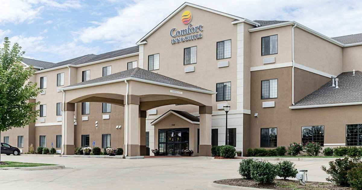 Comfort Inn & Suites Lawrence