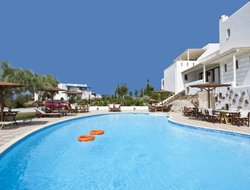 Agia Anna hotels for families with children