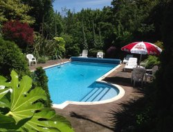 Saint Martin (Guernsey) hotels with swimming pool