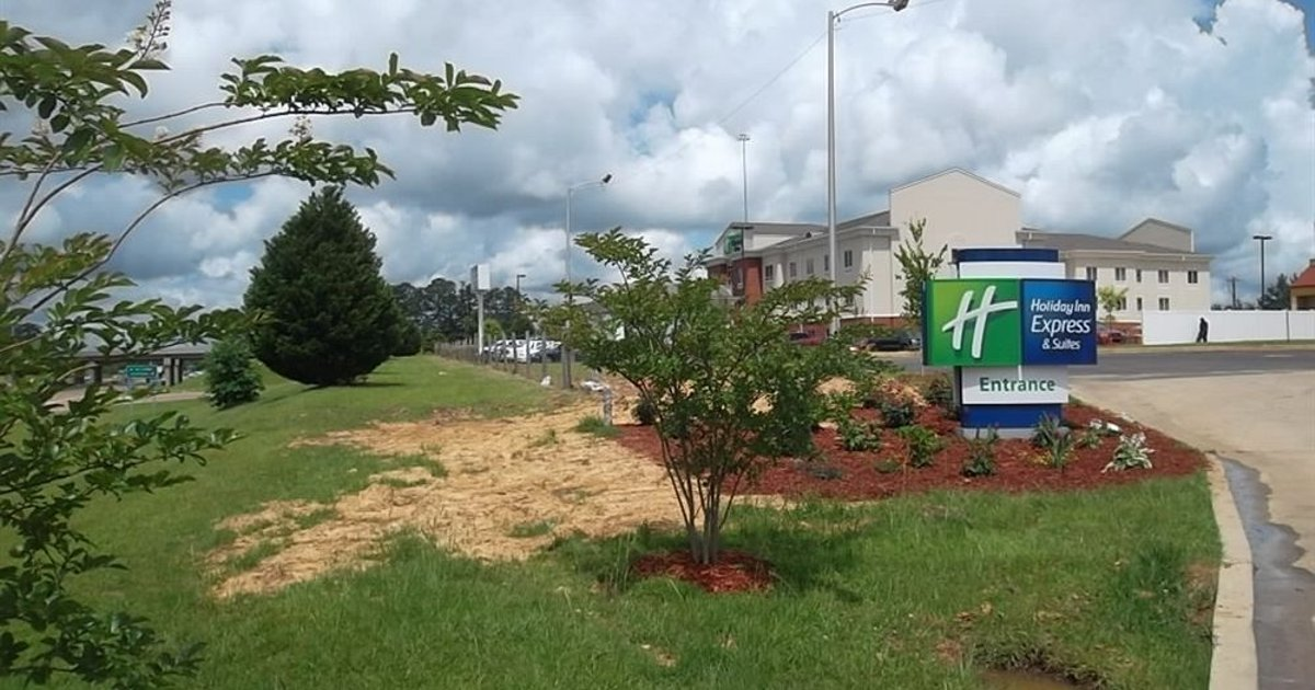 Holiday Inn Express & Suites BROOKHAVEN