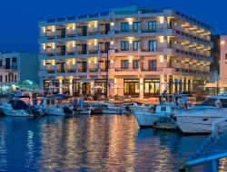 Top-10 romantic Chania hotels