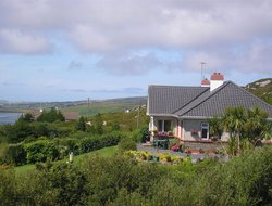 Clifden hotels with sea view