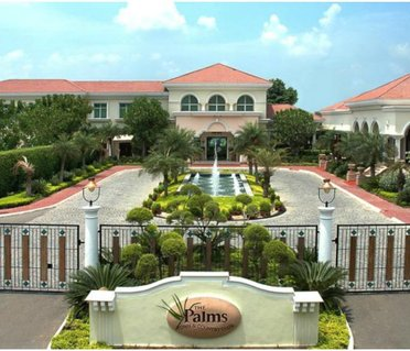 The Palms Town & Country Club