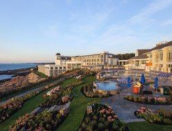 Ogunquit hotels with sea view