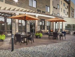 Top-3 hotels in the center of Noblesville