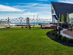 Top-5 hotels in the center of Owensboro