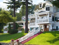 Lake Placid hotels with lake view