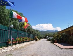 Campofelice di Roccella hotels with swimming pool
