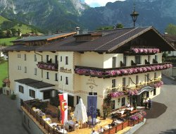 Top-6 hotels in the center of Abtenau