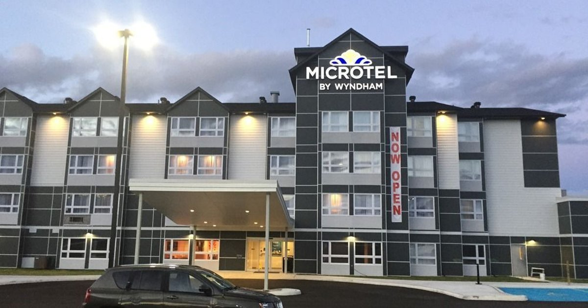 Microtel Inn & Suites by Wyndham Kirkland Lake