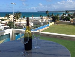 Luquillo hotels with sea view