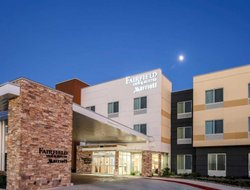 Pleasanton hotels with swimming pool