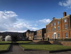 Top-5 hotels in the center of Stoke-On-Trent