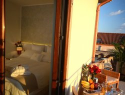 Marina di Ascea hotels with restaurants