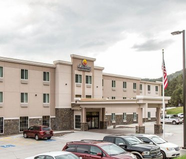 Comfort Inn & Suites Near Mt. Rushmore