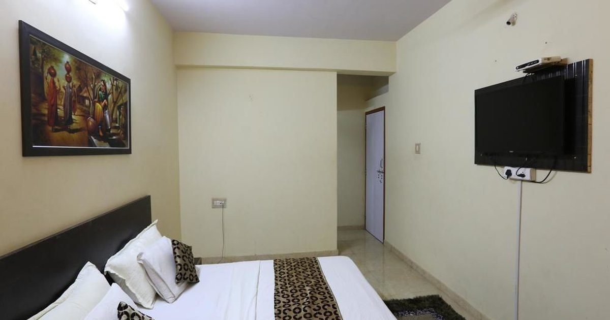 OYO Rooms Sanganva Chowk Trikon Baugh
