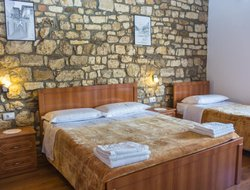 Berat hotels with restaurants