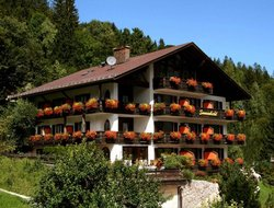 Top-7 hotels in the center of Mittenwald
