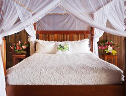 Saint Lucia hotels with restaurants
