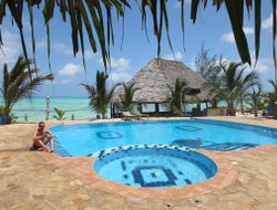 Pongwe hotels with swimming pool
