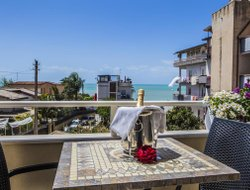 Agrigento hotels with sea view