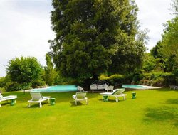 Sarteano hotels with swimming pool