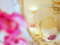 Top-3 romantic Kimi hotels