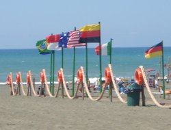 Lido Di Ostia hotels with swimming pool