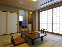 Top-10 hotels in the center of Fuefuki