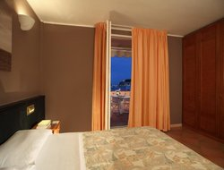 Top-10 hotels in the center of Campo nell'Elba