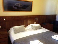 De Panne hotels with sea view