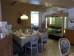 Folgaria hotels with restaurants