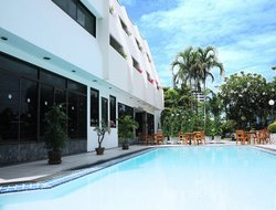 Top-6 hotels in the center of Bang Saen