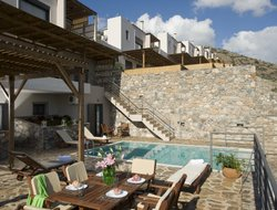 Pets-friendly hotels in Elounda