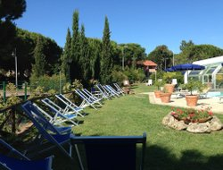 Cecina Marina hotels with swimming pool