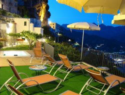 Pets-friendly hotels in Ravello