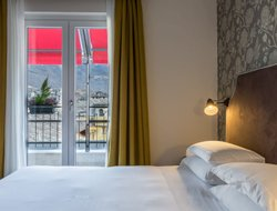 Aosta hotels with restaurants