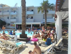 Top-5 hotels in the center of Kavos