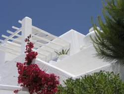 Top-8 hotels in the center of Agios Ioannis