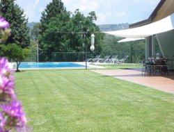 Piedimonte hotels with swimming pool