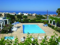 Cyprus hotels with Russian personnel