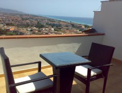 Scalea hotels with sea view