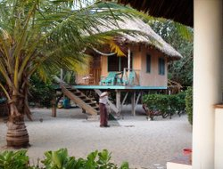 Maya Beach hotels with restaurants