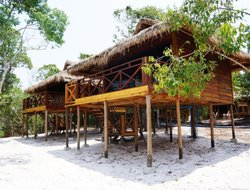 Koh Rong Island hotels with swimming pool