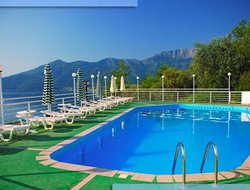 Pets-friendly hotels in Chrysi Ammoudia