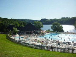 Entraygues-sur-Truyere hotels with swimming pool