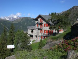 Chiesa in Valmalenco hotels with restaurants