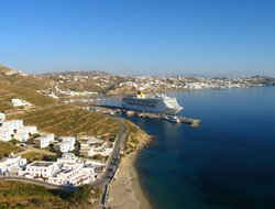 Agios Stefanos hotels with restaurants
